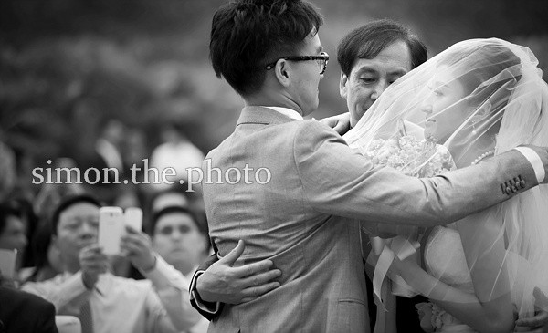 Why capturing real moments is so difficult on wedding day? vince.albert 2