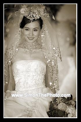 Vanessa Yeung in wedding gown